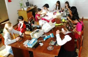 Отчёт о проведении выставки «Подарок маме»